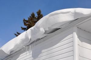 снежная крыша